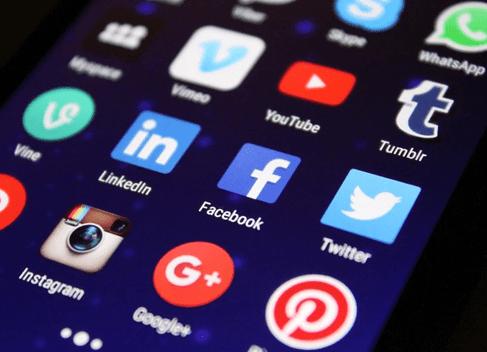 Is Employee Advocacy the Key to Unlocking Organic Reach on Social Media?